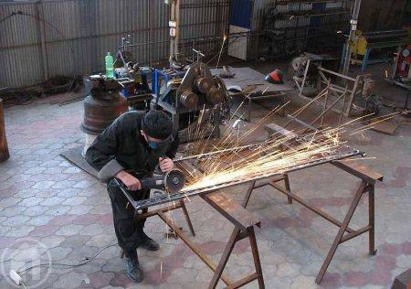 Как происходит изготовление металлических дверей