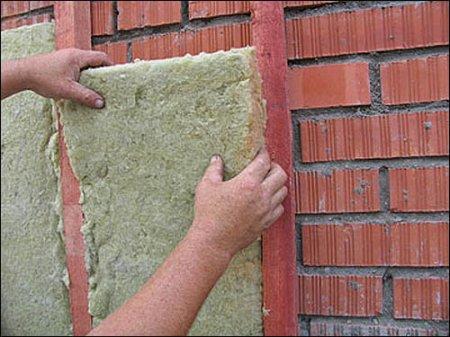 Как утеплять стены