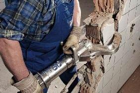 Самостоятельный демонтаж перегородок и стен
