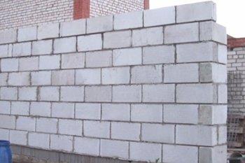 Строительство гаража из пеноблока