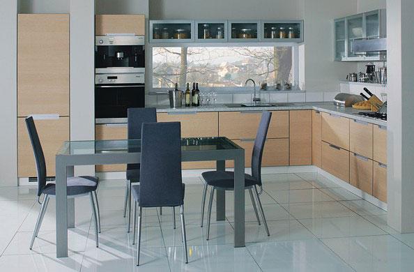 Как правильно выбрать стол для кухни
