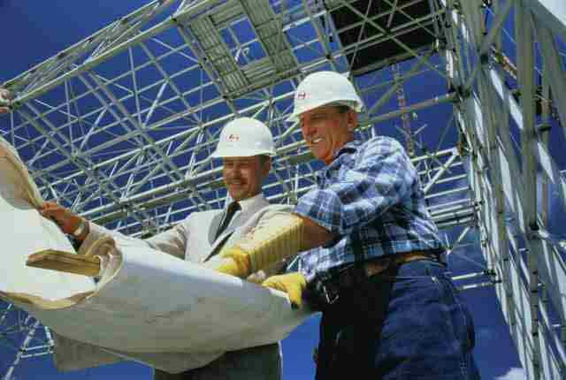 Как выбрать исполнителя строительных работ