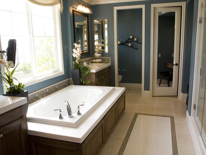 Какие межкомнатные двери подходят для ванной