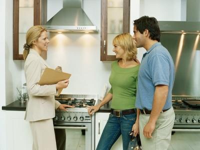 Когда лучше продавать квартиру?