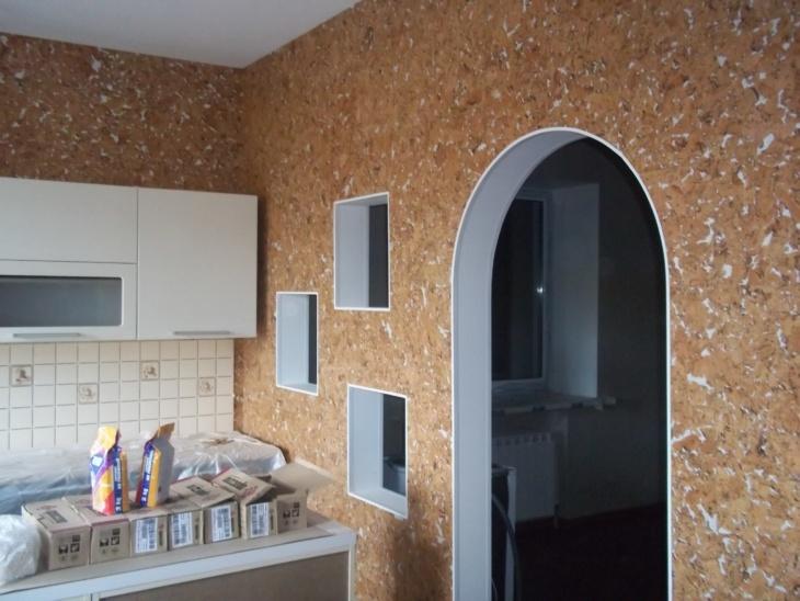 Декоративные и штукатурные уголки для арки на обои