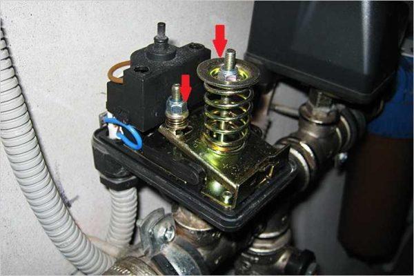 Как подключить и отрегулировать реле давления воды